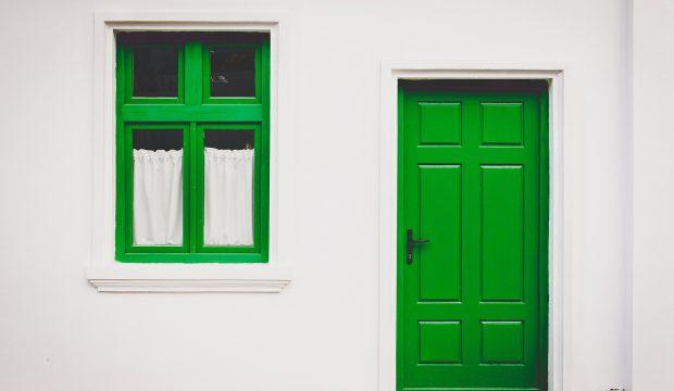 Ce qu'il faut savoir avant de changer sa porte d'entrée